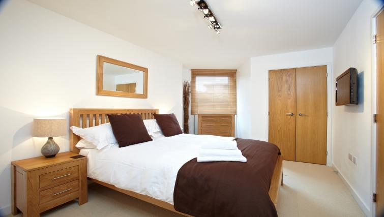Bedroom at Pennant House Apartments - Citybase Apartments